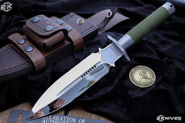 custom knife with green handle
